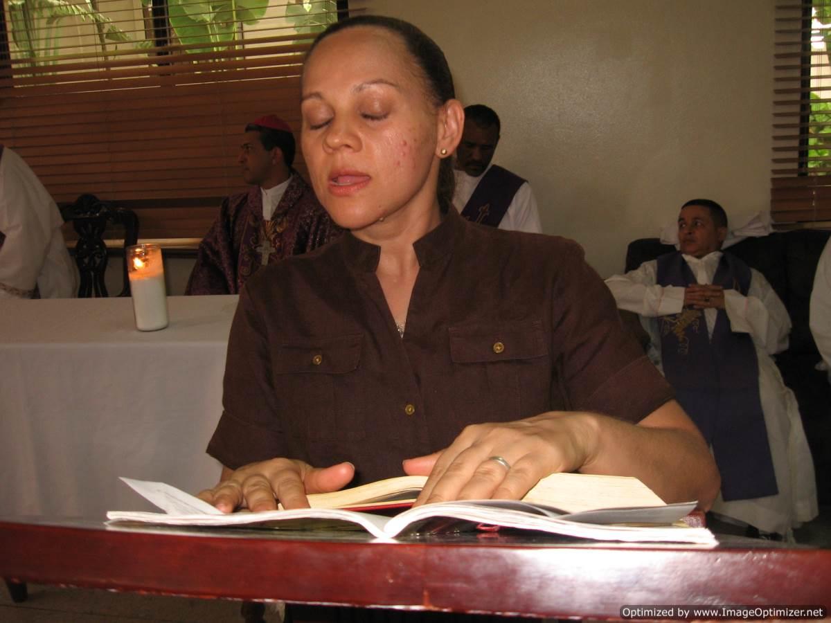 Dominicanalliyo.com: Funeral De La Madre Del Padre Marcos Cruz En La ...