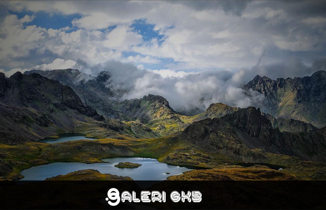 20 Wallpapers Vacation Ultra HD 5K 8K for Desktop Computer