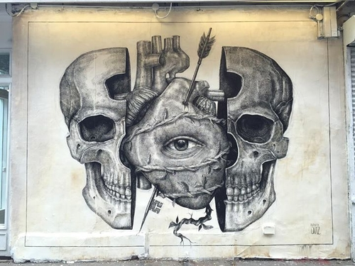 03-Alexis-Diaz-Dark-and-Surreal-Street-Art-Murals-www-designstack-co