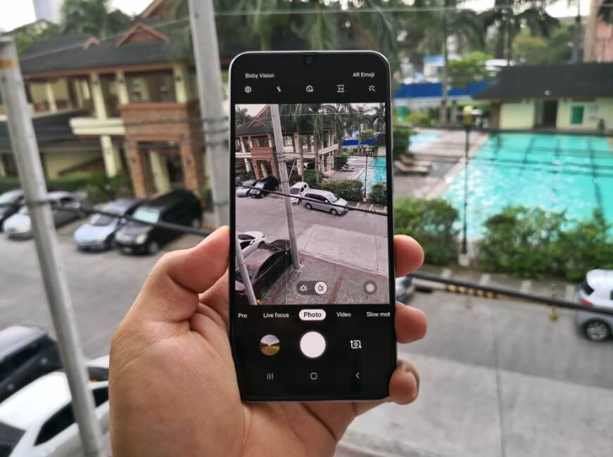 Samsung Galaxy A50 Review - Camera Interface