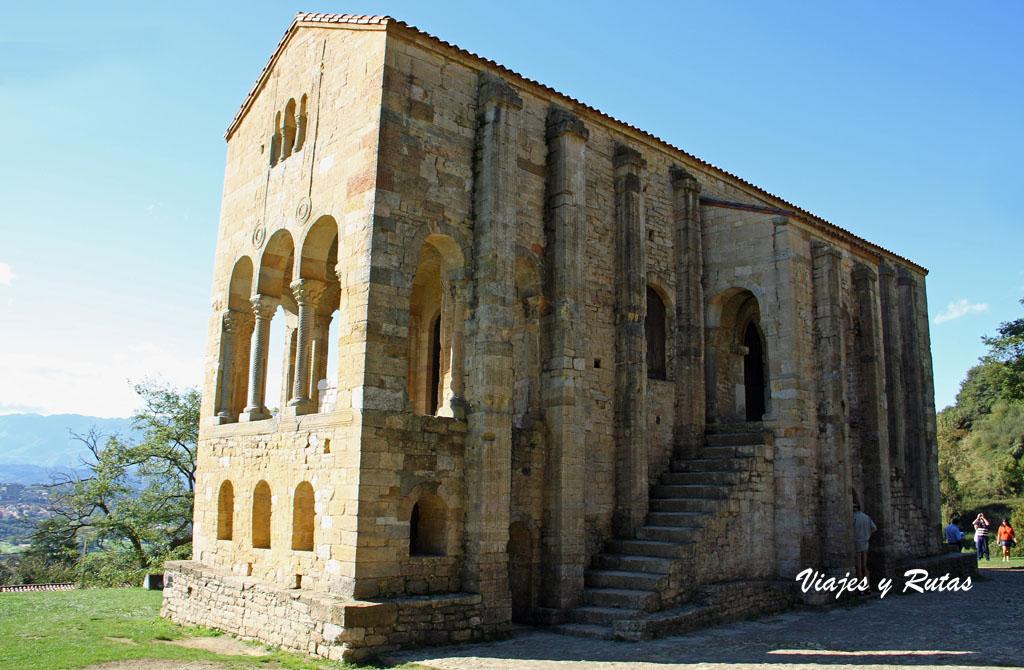 Santa María del Naranco, Prerrománico asturiano