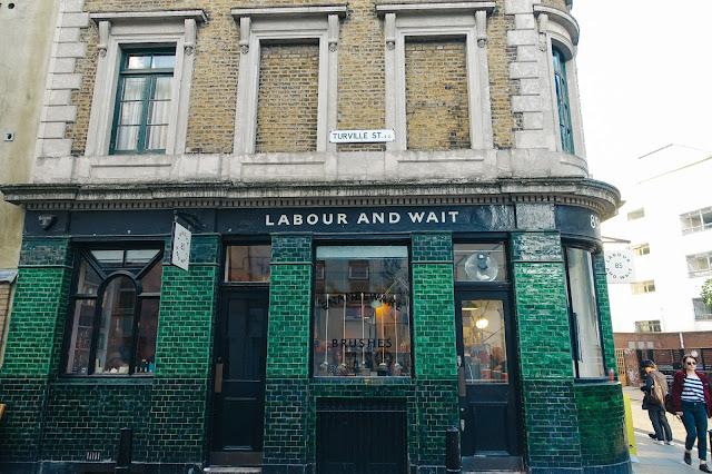 レイバー・アンド・ウェイト(Labour and Wait)