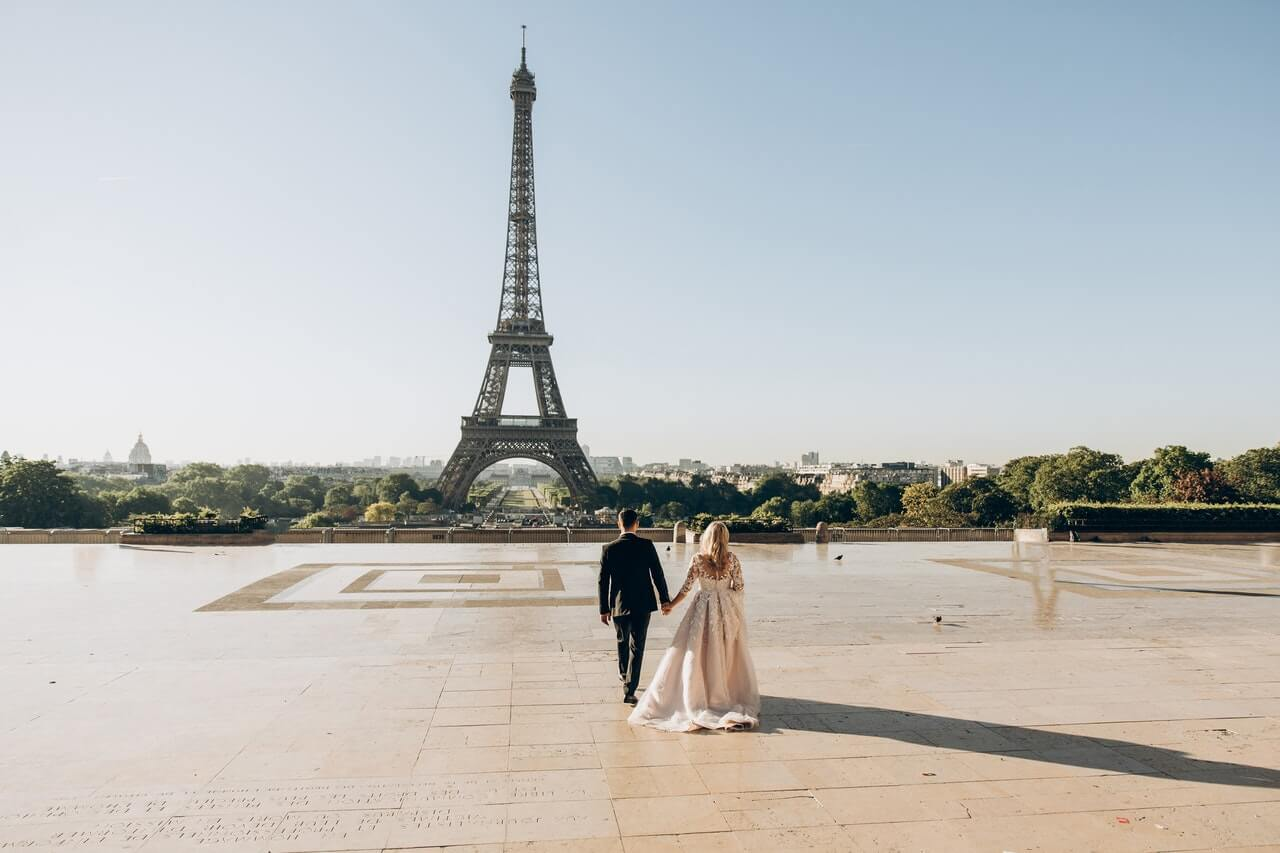 Smart Tips for Budgeting Your Destination Wedding