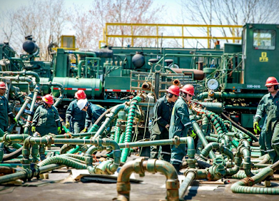 Equipment Operators, Mechanics, and Electronic Technicians Needed in Texas Frac Job Fair.