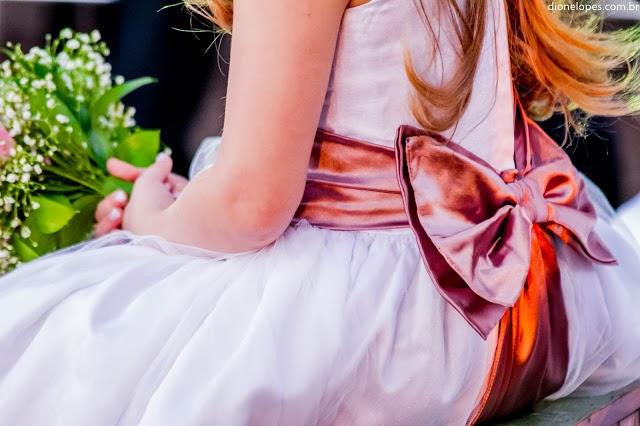 cerimônia - daminha - vestido daminha - laço - detalhes