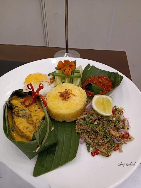 Medan Fusion Culinary 3: Melihat Langsung Event Kuliner di Hotel Santika Premiere Dyandra - Menu 02