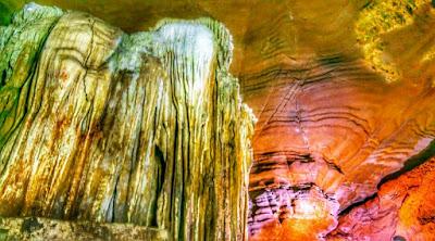 यहां पाई जाती हैं अंधी मछलियां, कुटुमसर की गुफा, बस्तर (छ.ग)