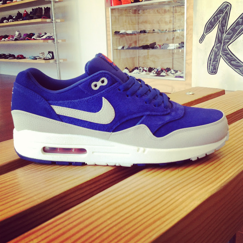 0718bc13527052 Kick City  Nike Air Max 1 PREMIUM