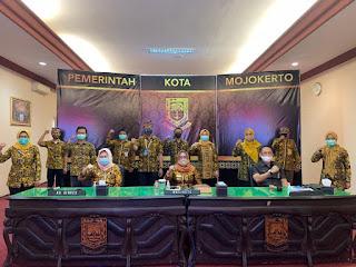 Gayatri Kota Mojokerto Road To Top 45 Inovasi Pelayanan Publik Tingkat Nasional