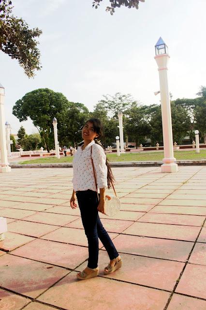 foto-jalan-jalan-ootd-masjid-an-nur-pare-kediri-terbesar-icon-pare