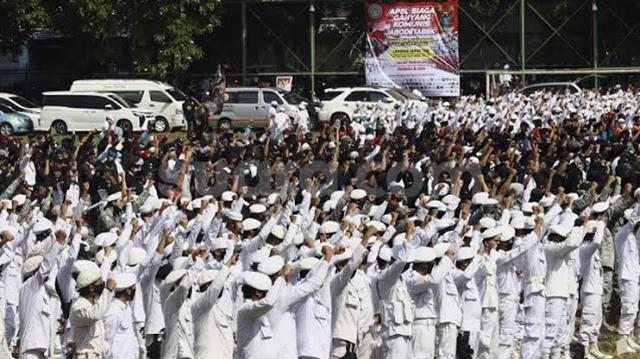 Massa Ganyang Komunis Nyatakan Siap Perang Jika Pembahasan RUU HIP Berlanjut