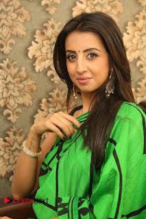 Actress Sanjjanaa Pictures at Naturals Salon Launch at Kavuri Hills  0030.JPG