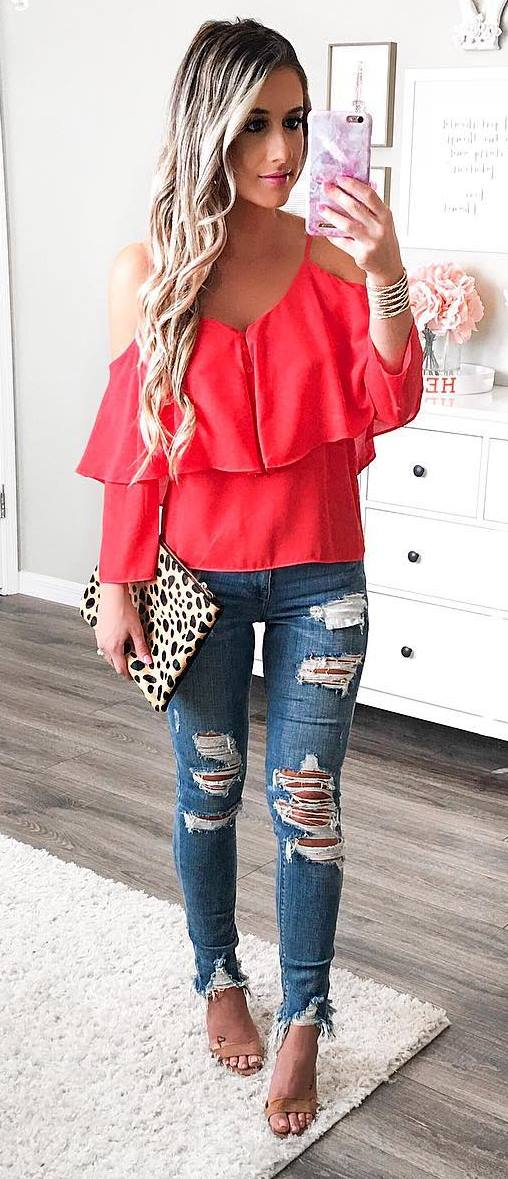 cool outfit idea: red top + rips + heels