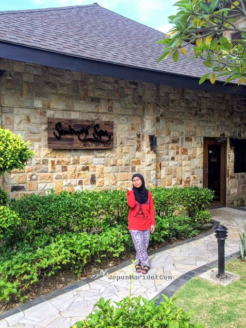 Santai di Cyberview Resort & Spa dan lunch di food court presint 9 Putrajaya