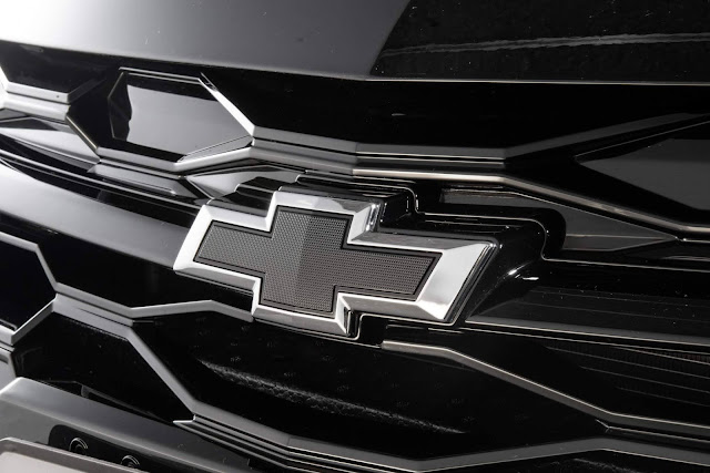 Chevrolet Onix Plus 2021 terá versão Midnight