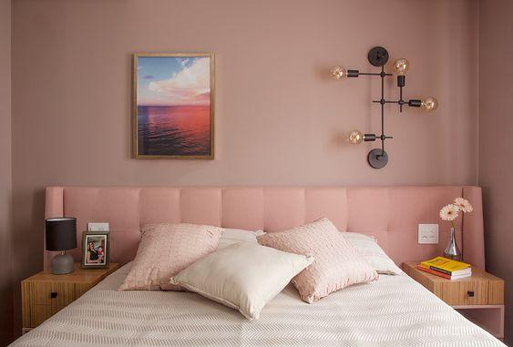 suite-moderna-tons-de-rosa-no-projeto-de-arquitetura