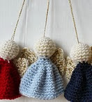 http://www.ravelry.com/patterns/library/quick-and-easy-christmas-ornament