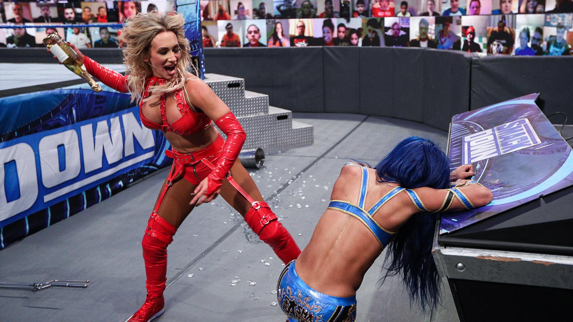 Audiência do SmackDown sofre queda mesmo com combate entre Sasha Banks e Carmella