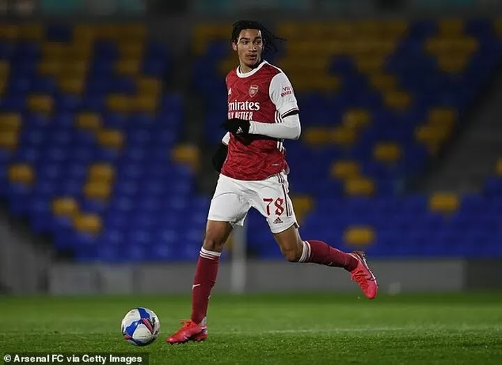 Arsenal close to keeping winger and wonderkid Kido Taylor-Hart at the club with long-term contract