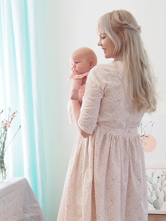 AGF Rosewater Tears, Katarina Roccella, Mekkotehdas Inger, Itestehty mekko, Vaaleanpunainen mekko, Art Gallery fabrics