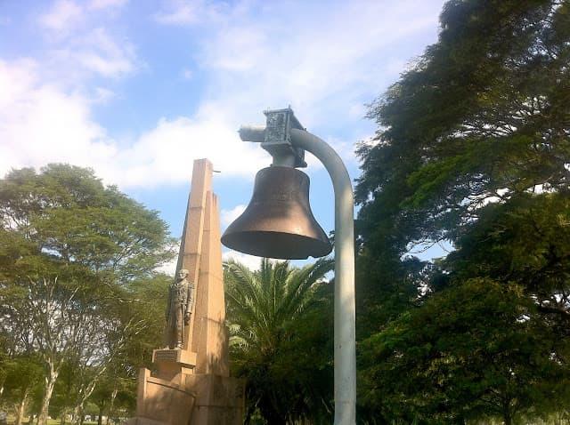Parque Ibirapuera - Monumento a Tamandaré e Sino do Encouraçado São Paulo