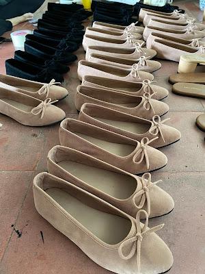Tempat Buat Sepatu Wanita