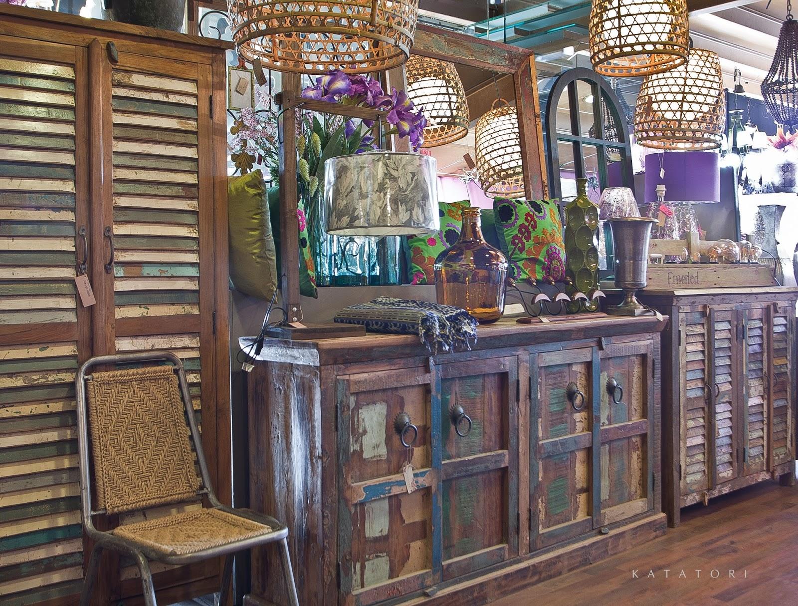 Katatori interiores colores de oto o for Muebles poligono el manchon