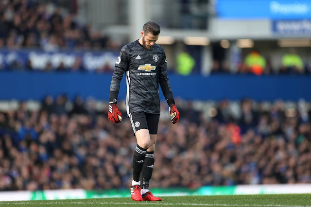 De Gea thinks he is untouchable - Dimitar Berbatov