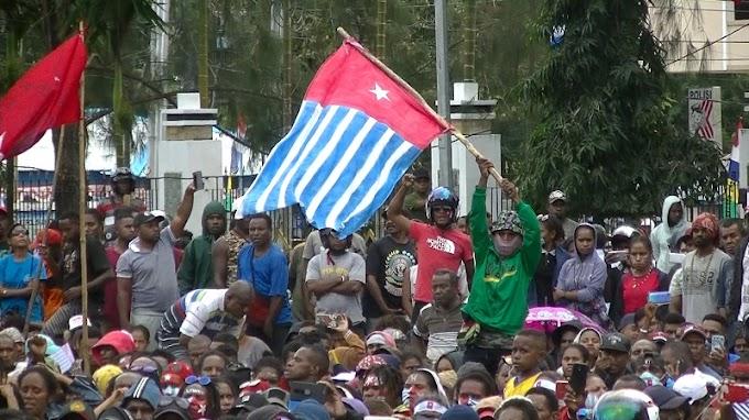 Bendera Bintang Kejora Merendahkan Kultur Papua