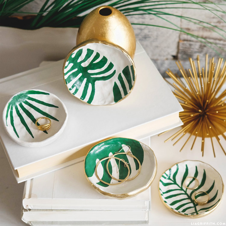 DIY Tropical Leaf Trinket Dishes