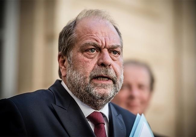 """""""Il n'est plus un interlocuteur crédible...!"""" : Éric Dupond-Moretti secoué par la profession"""