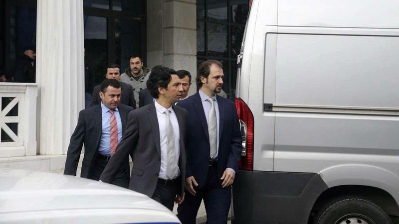Υπόθεση των οκτώ Τούρκων στρατιωτικών: Φως δικαιοσύνης στο σκοτάδι της πολιτικής