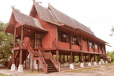 rumah adat suku tengger jawa timur
