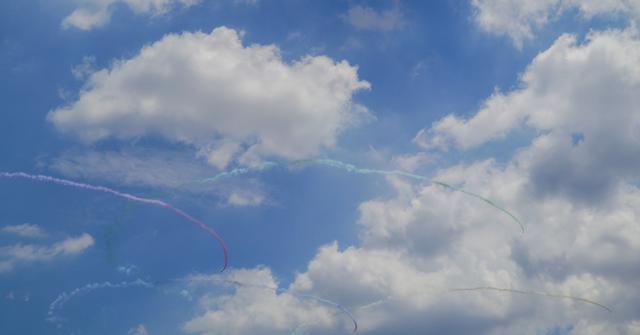 ブルーインパルスーオリンピックシンボル