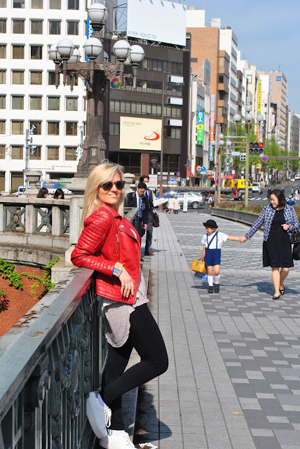 mariafelicia magno fashion blogger viaggio a tokyo cosa visitare a tokyo quartiere ginza tokyo travel blog travel blogger life style blogger trip in japan what visit in japan what visit in tokyo tokyo by day ginza day color block by felym