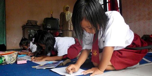 Virus Corona Kian Masif. Masa Belajar Di Rumah Diperpanjang Hingga 5 April 2020