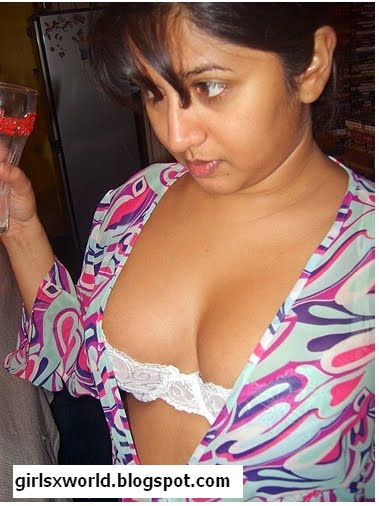 Sex having nude mallu