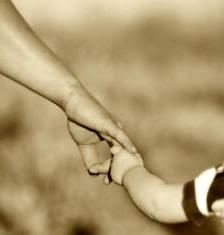 Ibu merupakan orang yang melahirkan kita kedunia ini dan tanpa jasanya kita tidak akan bi Puisi Ibu (Kumpulan Puisi Sedih Tentang Ibu Singkat dan Penuh pengertian)