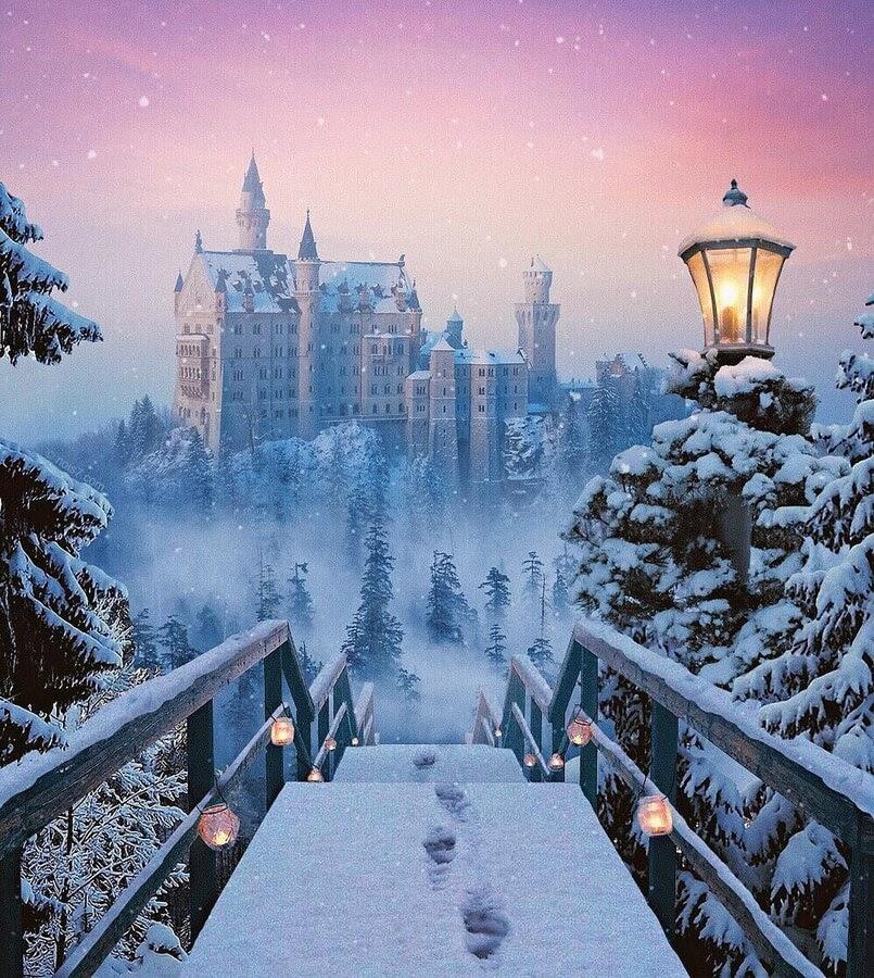 12-Fairy-tale-story-Robert-Jahns-www-designstack-co