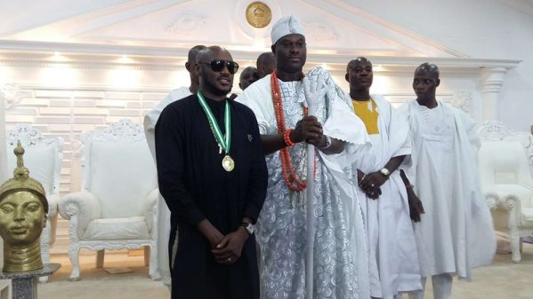 Tuface Gets Huge Recognition From Ooni Of Ife (Photo)