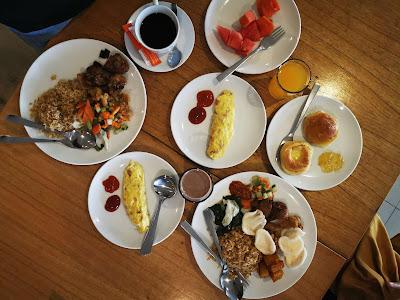 Menu makanan di Harris Hotel Pontianak