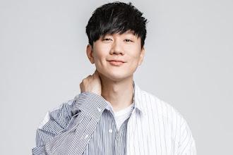 BA NA NA STAGE:  JJ Lin (林俊杰)