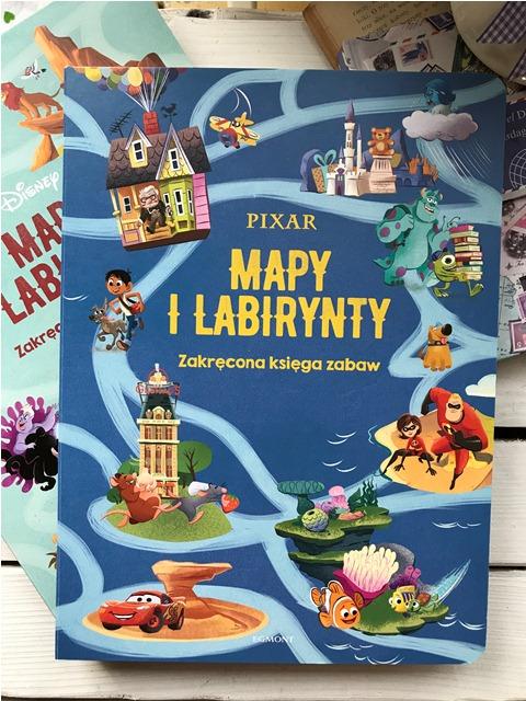Mapy i labirynty. Zakręcona księga zabaw- Pixar // Disney