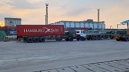 Jasa Angkutan Barang Truck Trailer 20FT/40FT/45 FT Dan Truck Angkutan Alat Berat