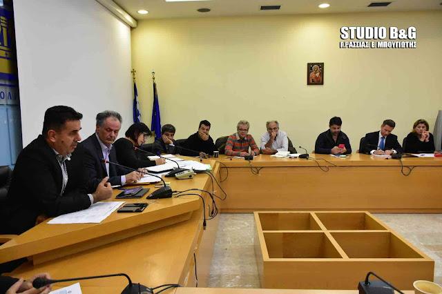 Αναβλήθηκε η συζήτηση για το Τεχνικό Πρόγραμμα του Δήμου Ναυπλιέων (βίντεο)