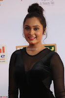 Vennela in Transparent Black Skin Tight Backless Stunning Dress at Mirchi Music Awards South 2017 ~  Exclusive Celebrities Galleries 046.JPG