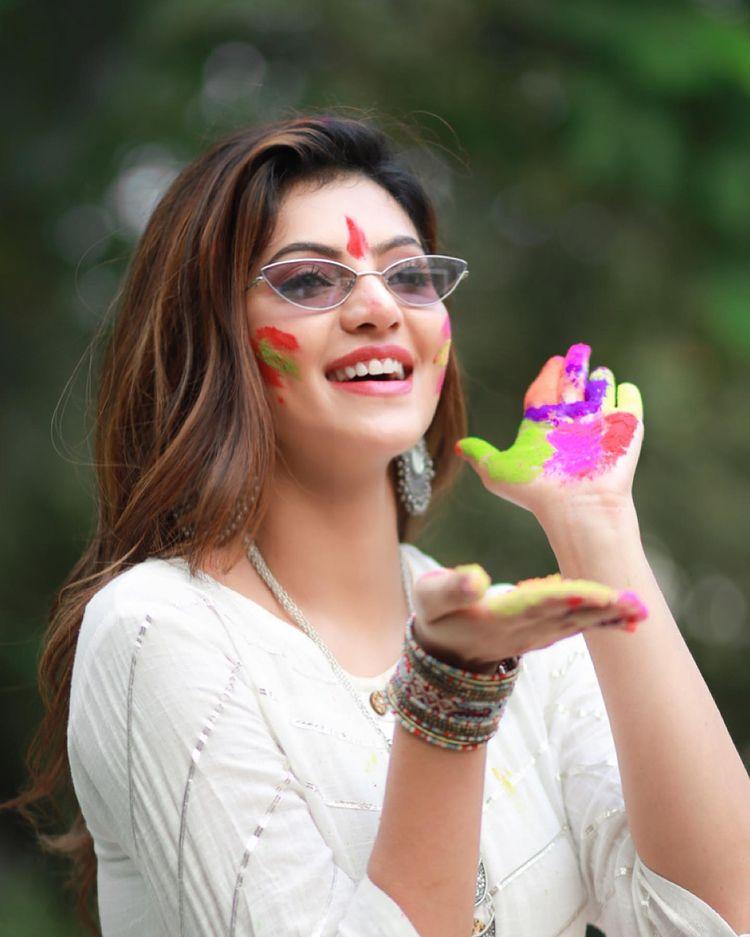 Athulyaa Ravi Holi Celebration Photos
