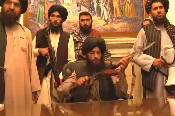 Taliban Kuasai Afghanistan