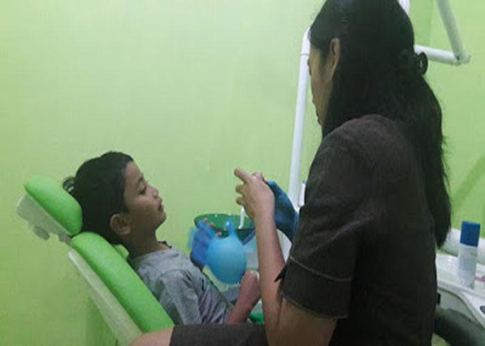 Layanan Poli Gigi Klinik Ruby Medika