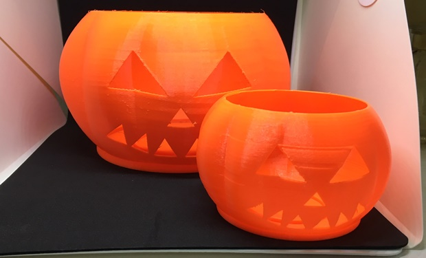 calabaza de halloweeen impresa con PLA